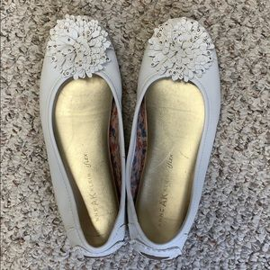 Anne Klein iflex white loafers